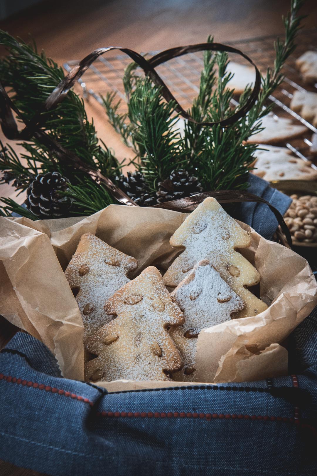 Croatian pine nut cookies